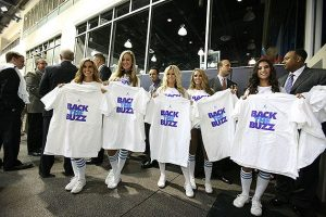 Bobcats-fans-show-support-at-a-May-2013-announcement-about-changing-the-teams