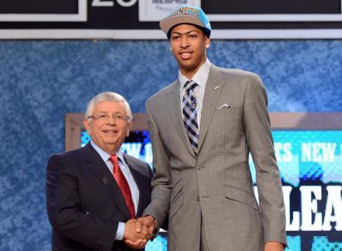Hornets Draft Anthony Davis