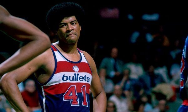Washington Bullets v Boston Celtics