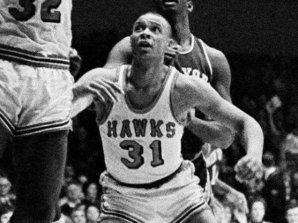 Zelmo Beaty - St. Louis Hawks
