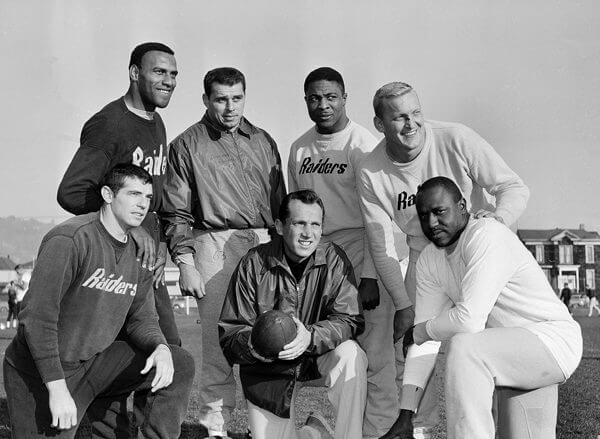 Watchf Associated Press SportsSports NFL FootballNFL Football California United States APHS44308 1963 ALL-STAR TEAM