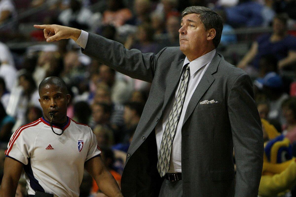 Bill Laimbeer Coach Detroit Shock 2002