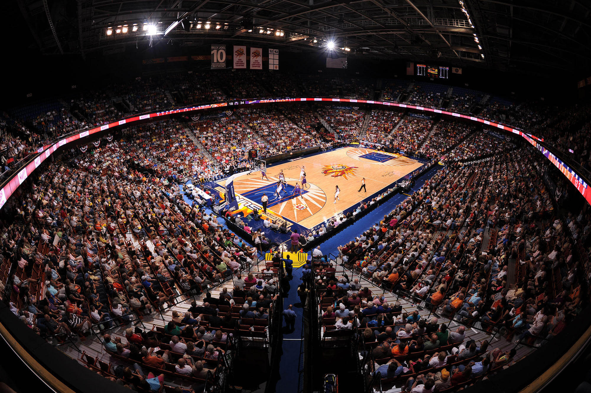 Connecticut Sun v Phoenix Mercury