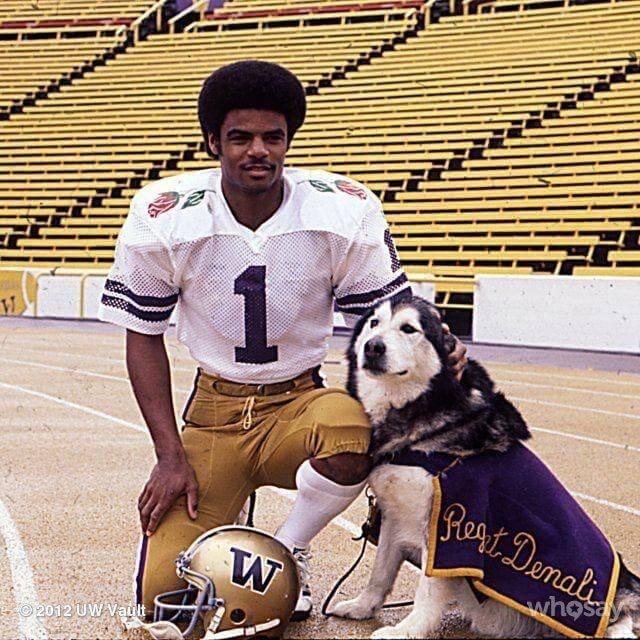 Washington Huskies Warren Moon 1977