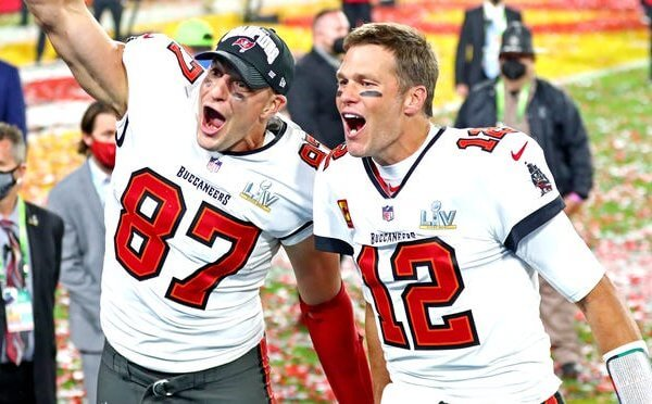 Brady and Gronk Tampa Bay Buccaneers 2021